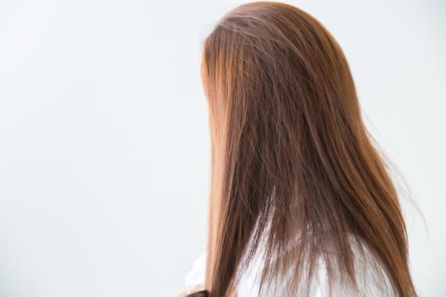 髪の毛にボリュームがなくなる原因